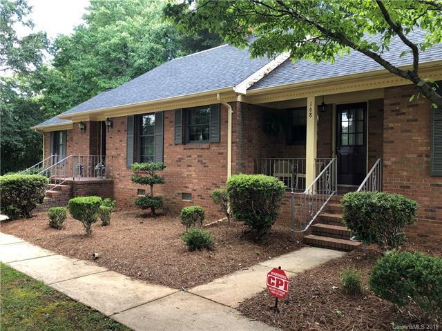 168 Coulwood Drive, Charlotte, NC 28214 (#3449486) :: Rinehart Realty