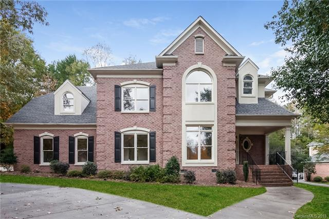 3803 Degrasse Drive, Charlotte, NC 28269 (#3449538) :: Exit Mountain Realty