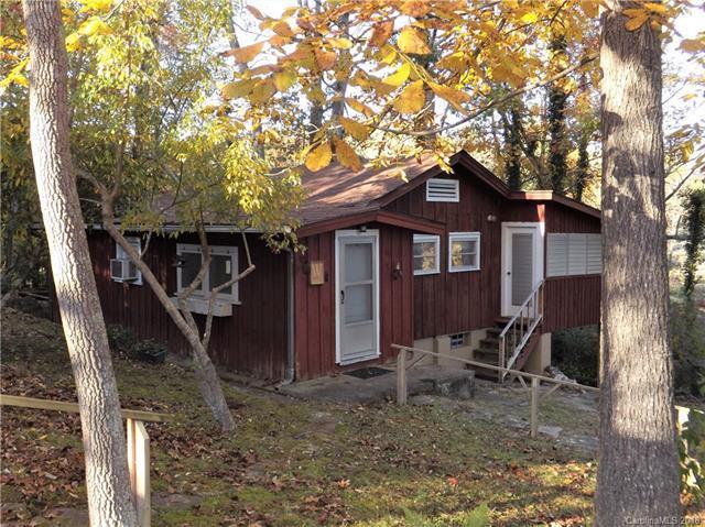 30 Mason Dixon Lane, Hendersonville, NC 28739 (#3449866) :: Exit Mountain Realty