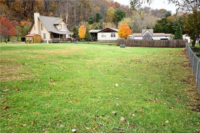 7 & 8 Dream Meadow Lane 7 & 8, Maggie Valley, NC 28751 (#3449934) :: Exit Mountain Realty