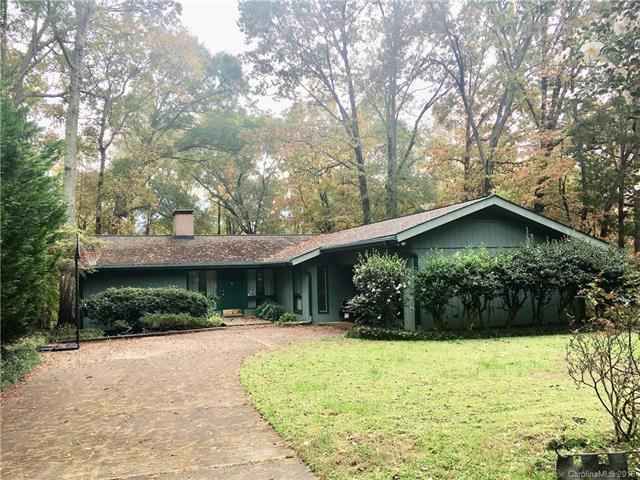 4010 Carmel Forest Drive, Charlotte, NC 28226 (#3450069) :: Exit Mountain Realty