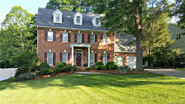 1463 Saint Annes Court NW, Concord, NC 28027 (#3450132) :: The Ramsey Group