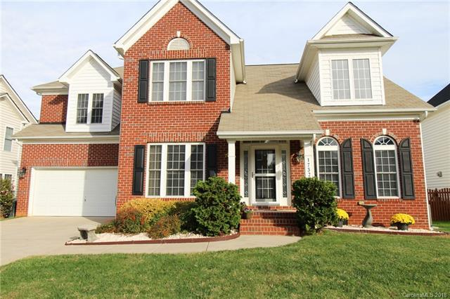 17329 Knoxwood Drive, Huntersville, NC 28078 (#3450288) :: The Ramsey Group