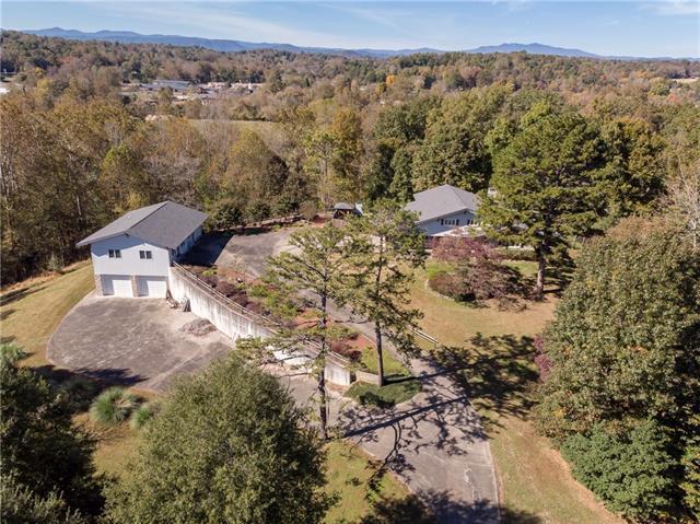 2466 Sweetbriar Circle, Lenoir, NC 28645 (#3450534) :: Exit Mountain Realty