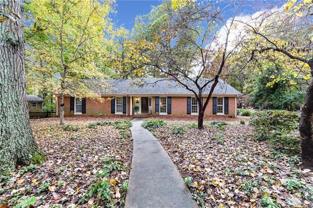 5900 Kirkpatrick Road, Charlotte, NC 28211 (#3450608) :: Stephen Cooley Real Estate Group