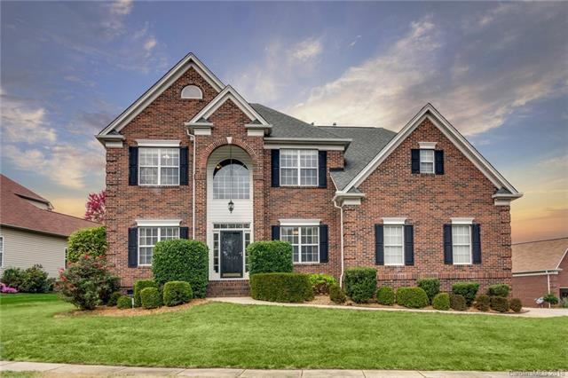 10926 Valley Spring Drive, Charlotte, NC 28277 (#3450753) :: The Ann Rudd Group