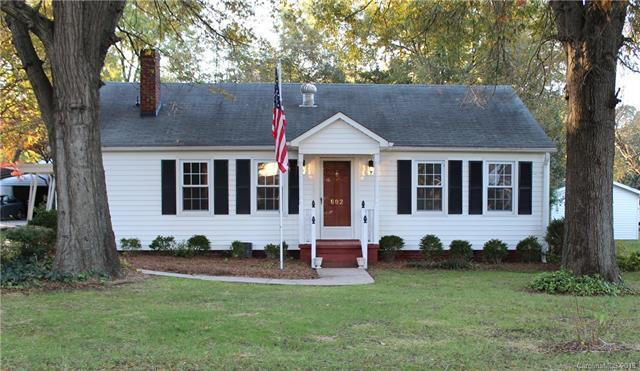 602 Charles Street, Kannapolis, NC 28083 (#3450830) :: Odell Realty