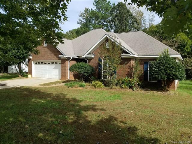 4304 Chatterleigh Drive, Monroe, NC 28110 (#3450939) :: The Ann Rudd Group