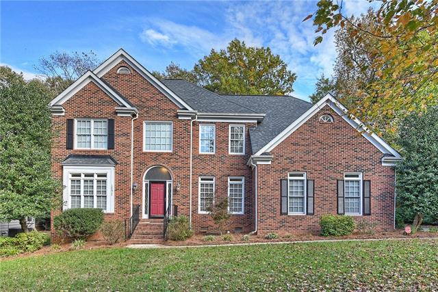 10617 Providence Arbours Drive, Charlotte, NC 28270 (#3451021) :: The Ramsey Group