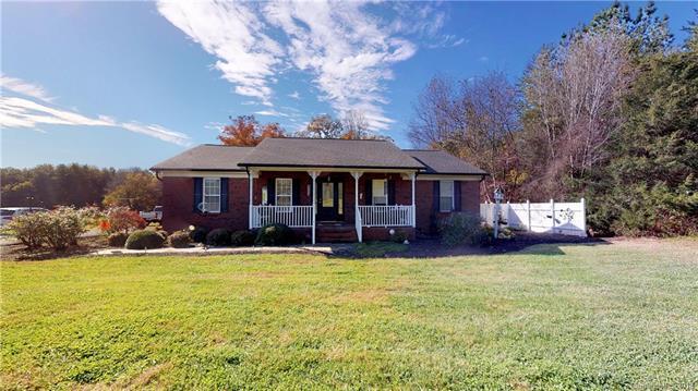 463 Blossom Hill Road, Lincolnton, NC 28092 (#3451114) :: Rinehart Realty