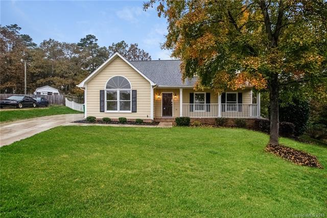 10643 Canyon Road, Charlotte, NC 28214 (#3451188) :: LePage Johnson Realty Group, LLC