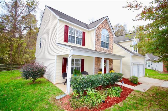 9002 Davis Crossing Court, Charlotte, NC 28269 (#3451216) :: Exit Mountain Realty