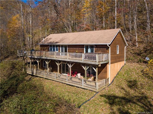 579 Mayali Trail, Waynesville, NC 28785 (#3451275) :: Rowena Patton's All-Star Powerhouse