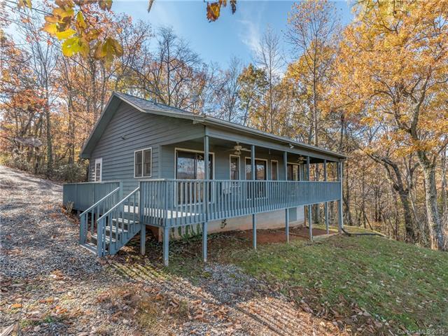239 Gamelands Trail, Saluda, NC 28773 (#3451351) :: Puffer Properties