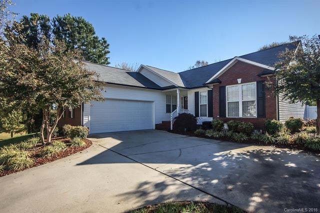 423 Riverglen Drive NW, Concord, NC 28027 (#3451411) :: Roby Realty