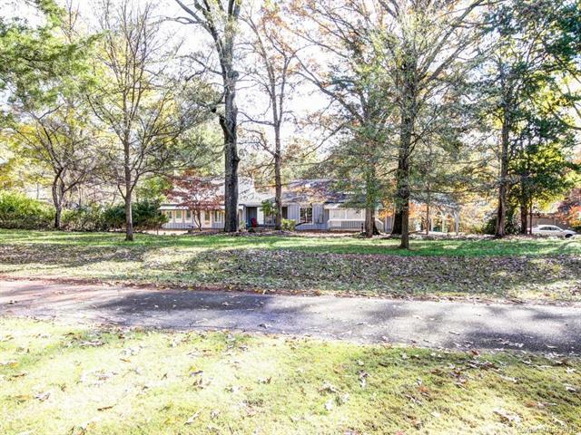 4620 Rounding Run Road, Charlotte, NC 28277 (#3451591) :: The Premier Team at RE/MAX Executive Realty