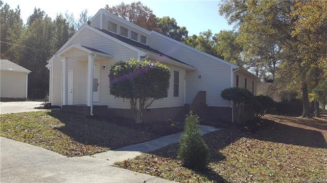 549 Kingfield Drive SW, Concord, NC 28027 (#3451638) :: Exit Mountain Realty