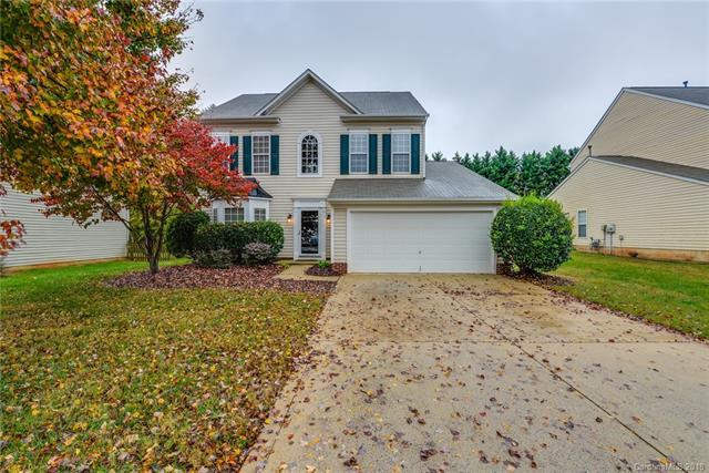 10916 Harringham Lane, Charlotte, NC 28269 (#3451646) :: The Andy Bovender Team