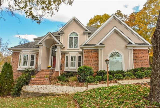 6130 Providence Glen Road, Charlotte, NC 28270 (#3451890) :: The Ramsey Group