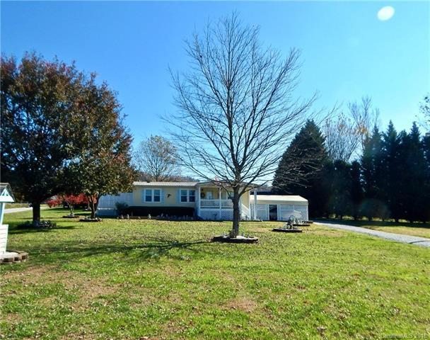 1 Autumnwood Lane #15, Hendersonville, NC 28792 (#3451993) :: Exit Mountain Realty