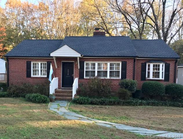 2928 Hanson Drive, Charlotte, NC 28207 (#3452032) :: The Premier Team at RE/MAX Executive Realty