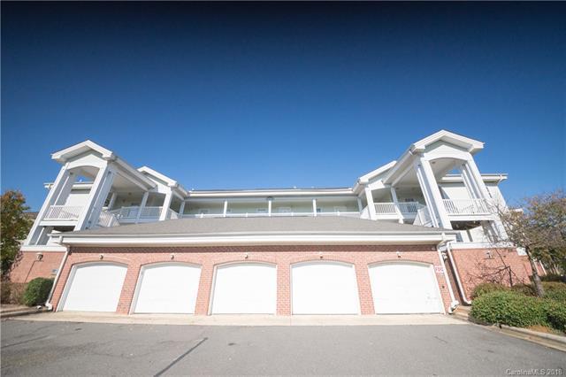 8977 Meadow Vista Road, Charlotte, NC 28213 (#3452083) :: High Performance Real Estate Advisors