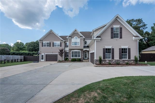 10719 Washam Potts Road, Cornelius, NC 28031 (#3452109) :: The Premier Team at RE/MAX Executive Realty