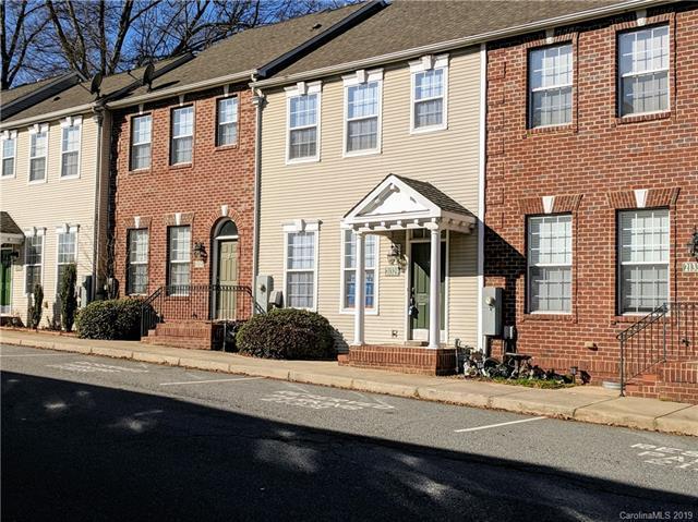 21329 Pine Street, Cornelius, NC 28031 (#3452116) :: Cloninger Properties
