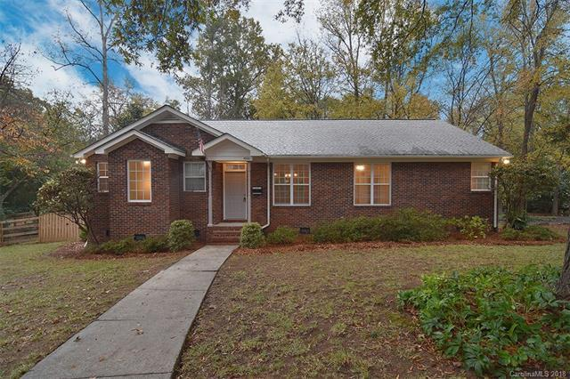 4900 Zephyr Lane, Charlotte, NC 28209 (#3452154) :: Exit Mountain Realty