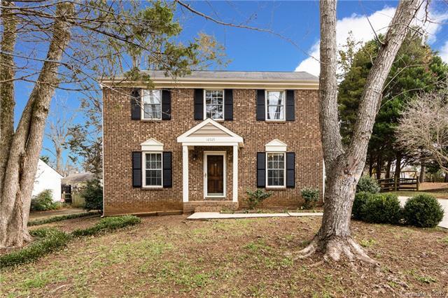 10707 Par Cove Lane, Charlotte, NC 28277 (#3452230) :: Stephen Cooley Real Estate Group