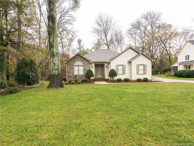 4260 Glen Eagles Lane SW, Concord, NC 28027 (#3452235) :: Rowena Patton's All-Star Powerhouse