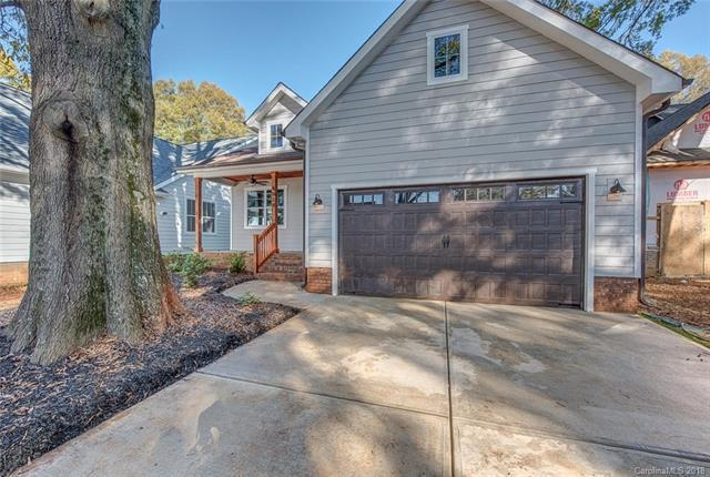 4034 Avalon Avenue, Charlotte, NC 28208 (#3452359) :: Exit Mountain Realty