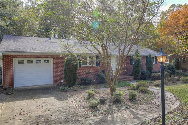 400 Harmony Lane, Mount Holly, NC 28204 (#3452361) :: The Premier Team at RE/MAX Executive Realty