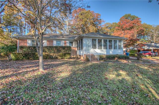 201 Forest Drive, Mount Holly, NC 28120 (#3452442) :: www.debrasellscarolinas.com