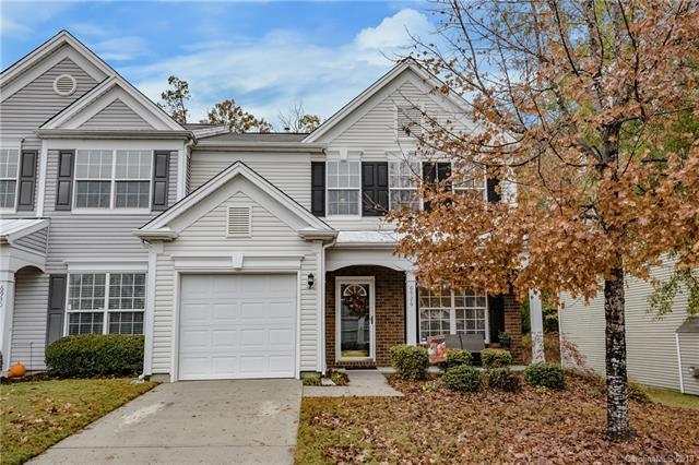 6926 Beverly Springs Drive, Charlotte, NC 28270 (#3452550) :: The Ramsey Group