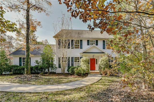 10321 Rutledge Court, Waxhaw, NC 28173 (#3452601) :: Exit Mountain Realty