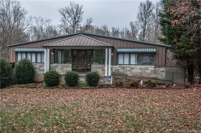 730 Oakridge Farm Highway, Mooresville, NC 28115 (#3452618) :: Odell Realty