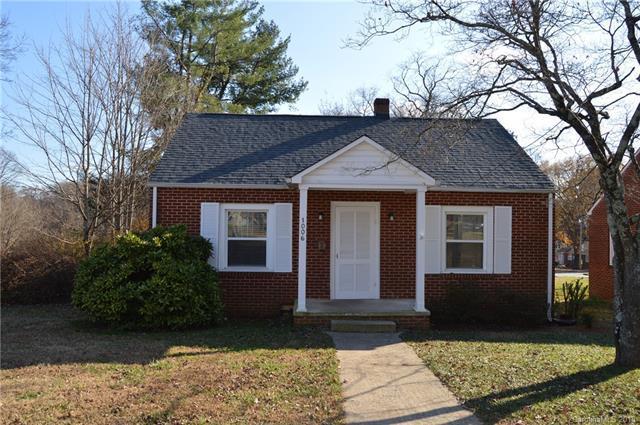 1006 Wood Street, Statesville, NC 28677 (#3452800) :: LePage Johnson Realty Group, LLC