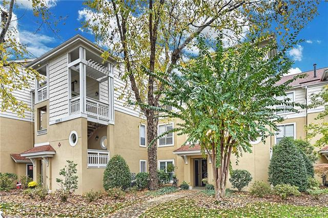 18009 Kings Point Drive Unit I, Cornelius, NC 28031 (#3453058) :: Scarlett Real Estate