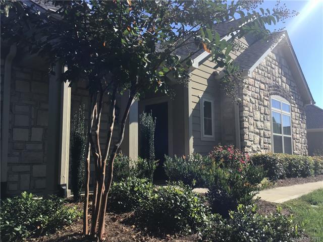 4847 Polo Gate Boulevard, Charlotte, NC 28216 (#3453096) :: Cloninger Properties