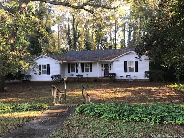 637 West Avenue, Wadesboro, NC 28170 (#3453295) :: Stephen Cooley Real Estate Group