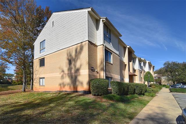 4902 Spring Lake Drive D, Charlotte, NC 28212 (#3453360) :: Century 21 First Choice