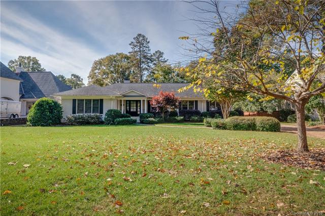 2310 Overhill Road, Charlotte, NC 28211 (#3453365) :: Exit Mountain Realty