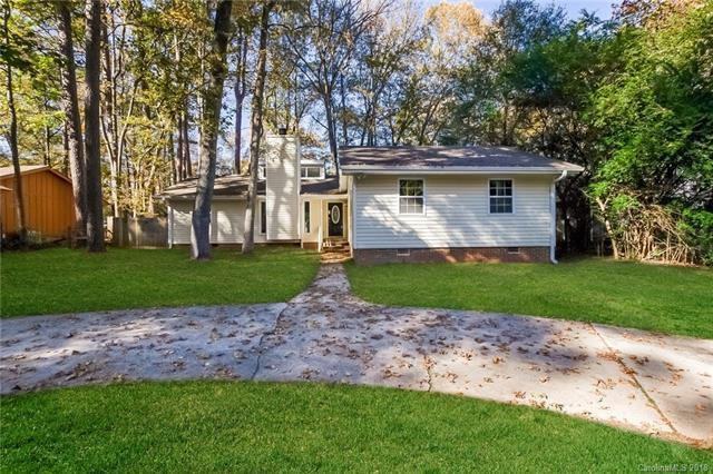 1048 Pineborough Road, Charlotte, NC 28212 (#3453436) :: Exit Mountain Realty