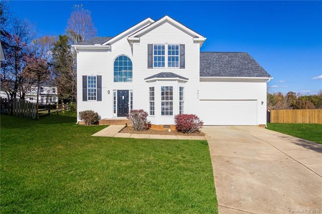 9825 Coriander Court, Charlotte, NC 28215 (#3453439) :: Exit Mountain Realty