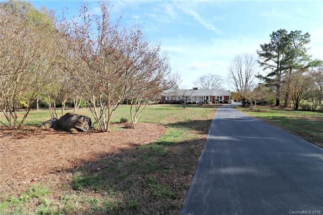 6477 Mount Pleasant Road, Concord, NC 28025 (#3453522) :: Washburn Real Estate