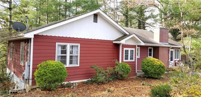 529 Alta Vista Lane, Hendersonville, NC 28791 (#3453695) :: Besecker Homes Team