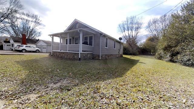 332 Wells Road, Canton, NC 28716 (#3453737) :: Exit Realty Vistas