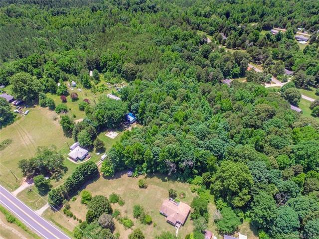 10177 Earnhardt Lake Road, Davidson, NC 28036 (#3453754) :: Besecker Homes Team