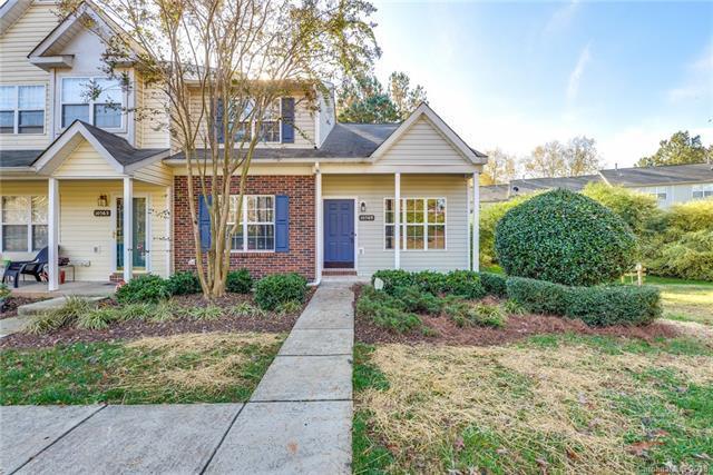 10569 Yellow Rose Lane, Charlotte, NC 28269 (#3453894) :: Besecker Homes Team